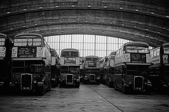 Ceiling「Stockwell Bus Garage」:写真・画像(19)[壁紙.com]