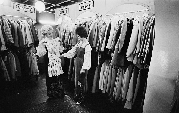 Clothing Store「A Change Of Clothes」:写真・画像(1)[壁紙.com]