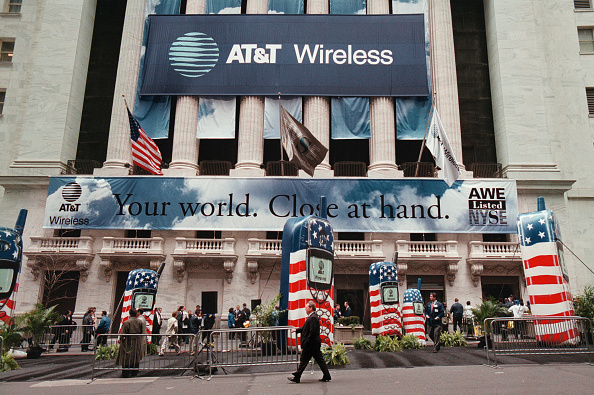 AT&T「AT&T Wireless Group Becomes Biggest IPO in History」:写真・画像(12)[壁紙.com]