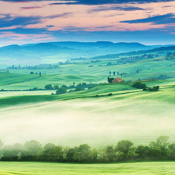 Sunrise in Tuscany:スマホ壁紙(壁紙.com)