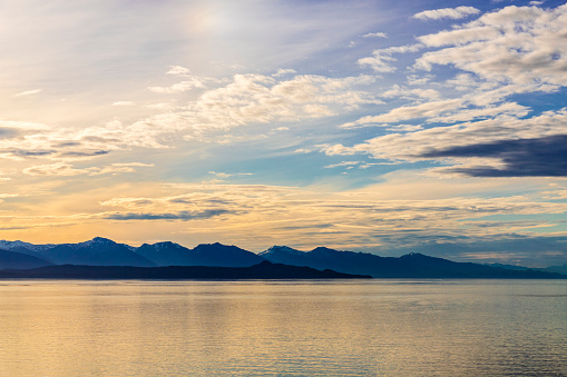 Glacier Bay National Park「Sunrise in Icy Strait at the entrance to Glacier Bay, Alaska, USA - Viewed from a cruise ship sailing the Inside Passage」:スマホ壁紙(5)
