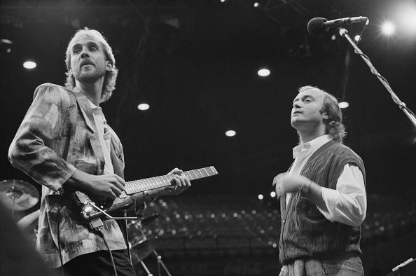 ドラマー「Genesis Invisible Touch Tour」:写真・画像(1)[壁紙.com]