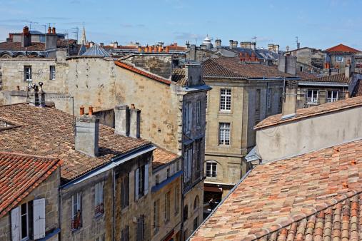 Nouvelle-Aquitaine「Rooftops of central Bordeaux」:スマホ壁紙(2)