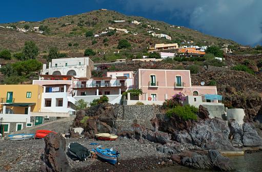 Aeolian Islands「Village at the port on Alicudi, Sicily」:スマホ壁紙(15)