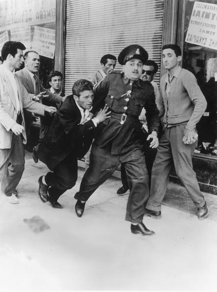 Decisions「Greek Riot In Athens」:写真・画像(12)[壁紙.com]