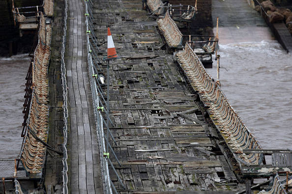 Weston-super-Mare「Weston-super-Mare's Derelict Birnbeck Pier To Be On The Verge Of Collapsing」:写真・画像(14)[壁紙.com]