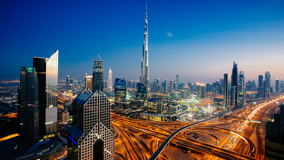 Dubai「Dubai sky line with traffic junction and Burj Khalifa」:スマホ壁紙(15)