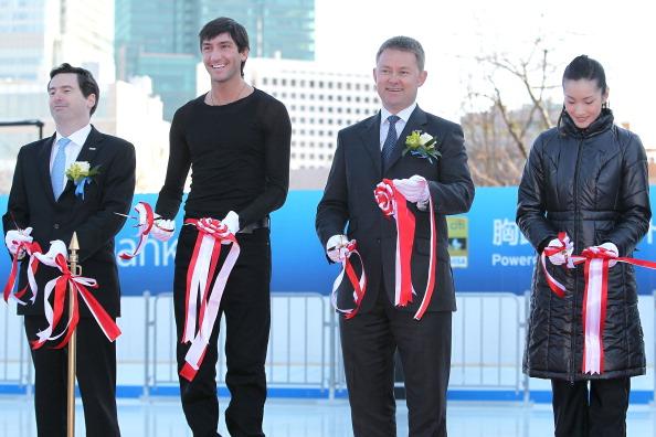 Evan Lysacek「Citi Ice Rink Opening Ceremony」:写真・画像(12)[壁紙.com]