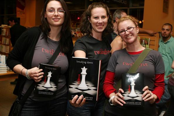 Book「Breaking Dawn Midnight Release Party」:写真・画像(19)[壁紙.com]