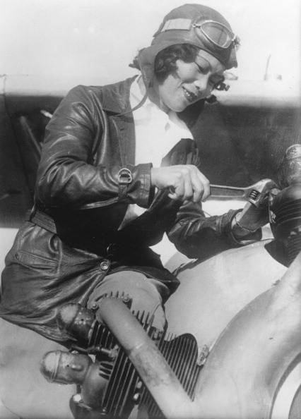Fun「The Chinese-American Flight Pilot Katherine Sui Fun Cheung. About 1930. Photograph.」:写真・画像(13)[壁紙.com]