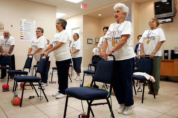 Adult「New Model For Health Care For Seniors Focuses On Primary Care」:写真・画像(10)[壁紙.com]