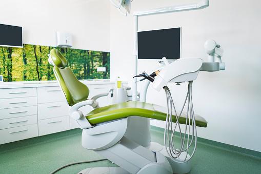 Computer「空の検査室の歯科医院」:スマホ壁紙(17)
