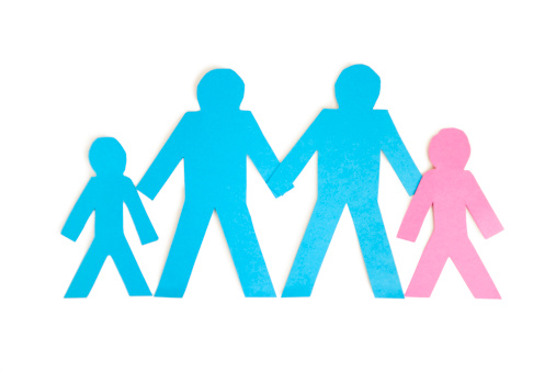 Parent「Paper cut outs representing a family of four over white background」:スマホ壁紙(10)