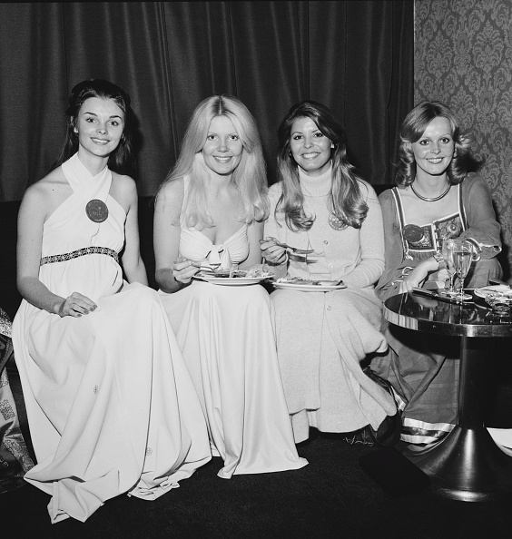 Buffet「1973 Miss World Contestants」:写真・画像(16)[壁紙.com]