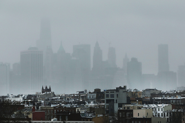 Urban Skyline「Blizzard Barrels Into New York City」:写真・画像(13)[壁紙.com]