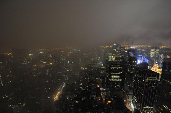 Urban Skyline「Earth Hour 2009 Darkens The Skyline」:写真・画像(3)[壁紙.com]