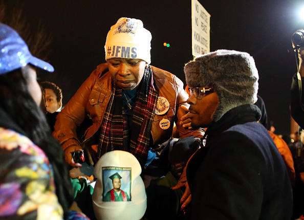 Social Movement「Grand Jury Decision Reached In Ferguson Shooting Case」:写真・画像(8)[壁紙.com]