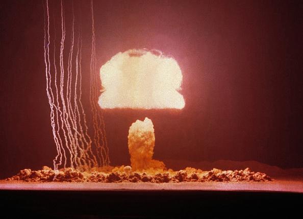 Exploding「Nuclear Test USA - Grable」:写真・画像(18)[壁紙.com]