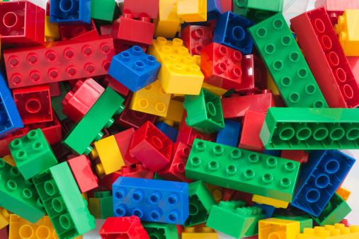 Bunt「toy cubes full-frame background」:スマホ壁紙(12)