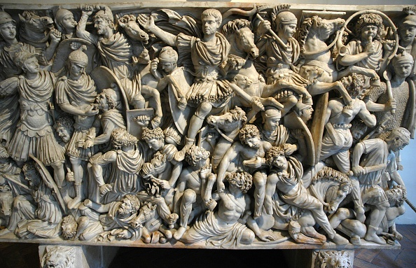 Ancient「The Great Ludovisi Sarcophagus. Battle Scenes Between The Romans And The Germans Who Can Be Identifi Artist: Werner Forman.」:写真・画像(3)[壁紙.com]