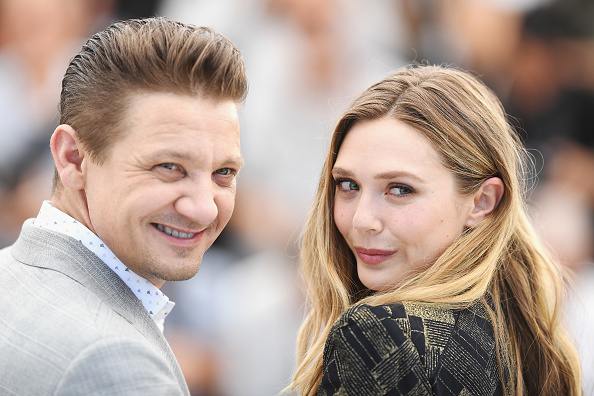 "Elizabeth Olsen「""Wind River"" Photocall - The 70th Annual Cannes Film Festival」:写真・画像(19)[壁紙.com]"