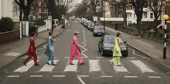 Crossing「Beatles Lyrics Up For Auction」:写真・画像(12)[壁紙.com]