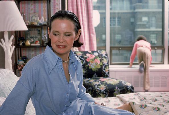 Apartment「Gloria Vanderbilt At Home」:写真・画像(10)[壁紙.com]