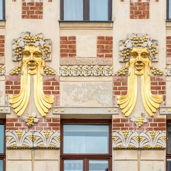 Full Frame「Jugendstil Building」:写真・画像(4)[壁紙.com]