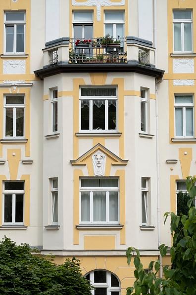 Full Frame「Jugendstil Apartment Building」:写真・画像(1)[壁紙.com]