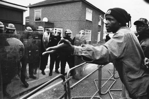 Black History in the UK「Police Argument」:写真・画像(18)[壁紙.com]