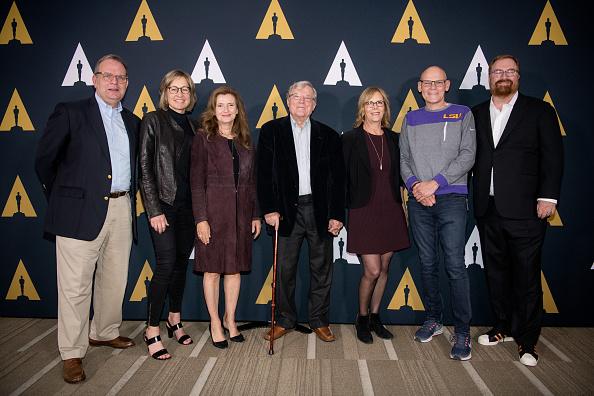 映画芸術科学協会「Academy Of Motion Picture Arts And Sciences Hosts 25th Anniversary Screening Of 'The War Room'」:写真・画像(14)[壁紙.com]