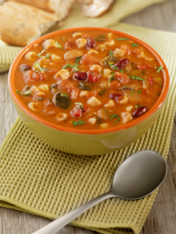 Tomato「Minestrone Soup with Crusty Bread」:スマホ壁紙(12)