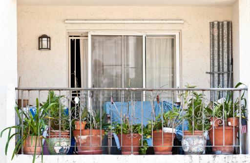 Housing Project「Middle class Balcony」:スマホ壁紙(2)