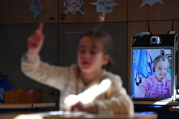 Learning「Belgium Adjusts To Life Under The Coronavirus Pandemic」:写真・画像(14)[壁紙.com]