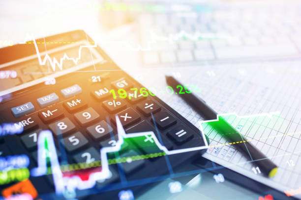Investment theme stockmarket and finance business analysis stockmarket with digital tablet:スマホ壁紙(壁紙.com)
