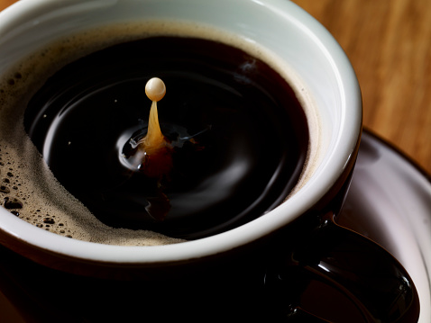 Coffee「Drop of milk in cup of coffee」:スマホ壁紙(15)