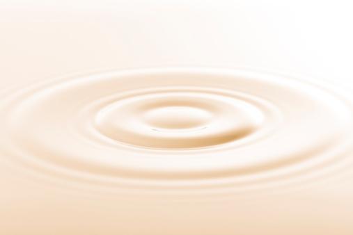 波「ドロップのミルク」:スマホ壁紙(12)