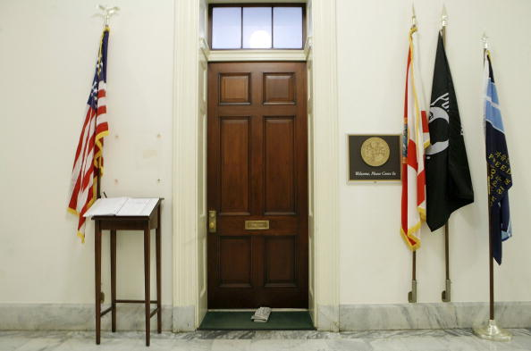 Door「Capitol Hill Office Of Former Rep. Foley Vacated」:写真・画像(17)[壁紙.com]