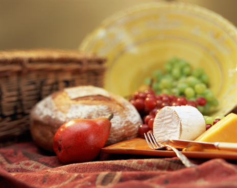 Picnic「Fruit, bread and cheese in picnic still-life」:スマホ壁紙(4)