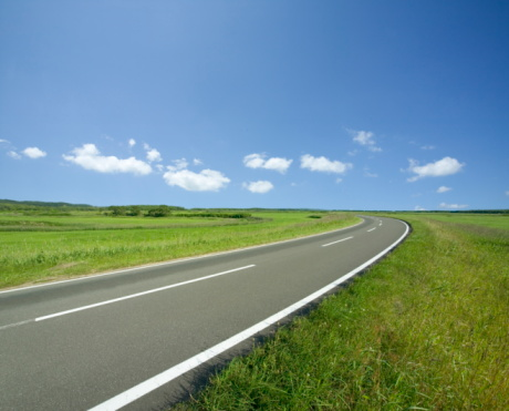 Japan「Rural road,  Hokkaido,  Japan」:スマホ壁紙(9)