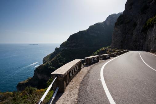 アマルフィ海岸「Amalfi coast road」:スマホ壁紙(19)