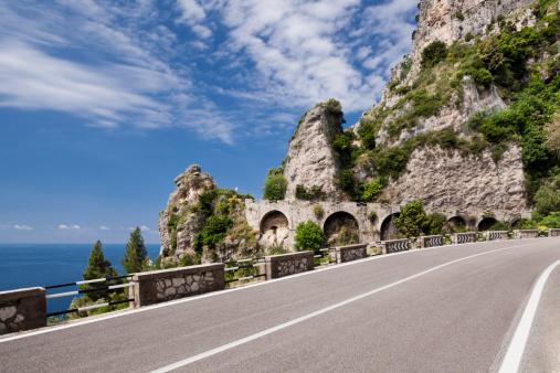 アマルフィ海岸「Amalfi coast road」:スマホ壁紙(9)