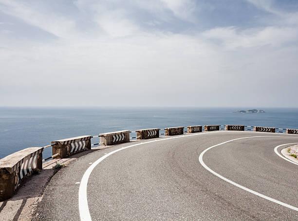 Amalfi coast road:スマホ壁紙(壁紙.com)