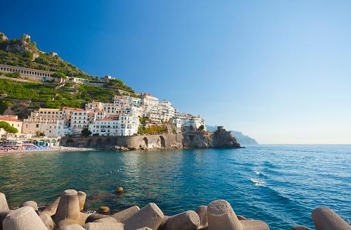 アマルフィ海岸「アマルフィ(カンパニア、イタリア)」:スマホ壁紙(6)