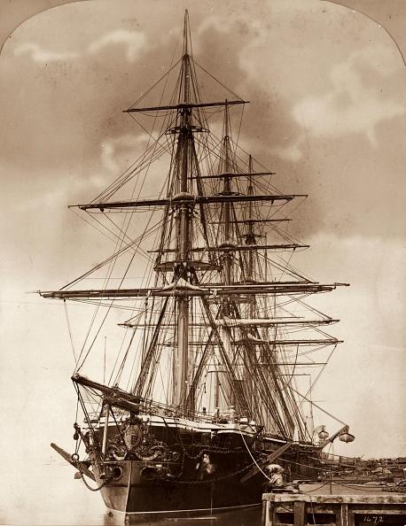 Sepia Toned「English Warship」:写真・画像(5)[壁紙.com]