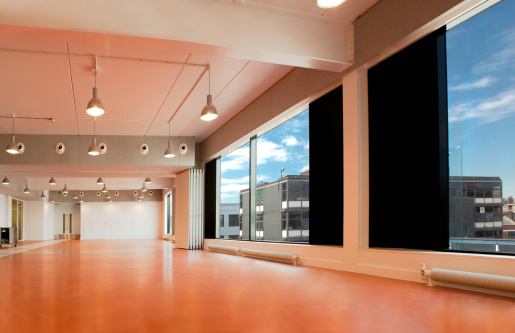 Floodlit「HDRI Empty interior school」:スマホ壁紙(19)