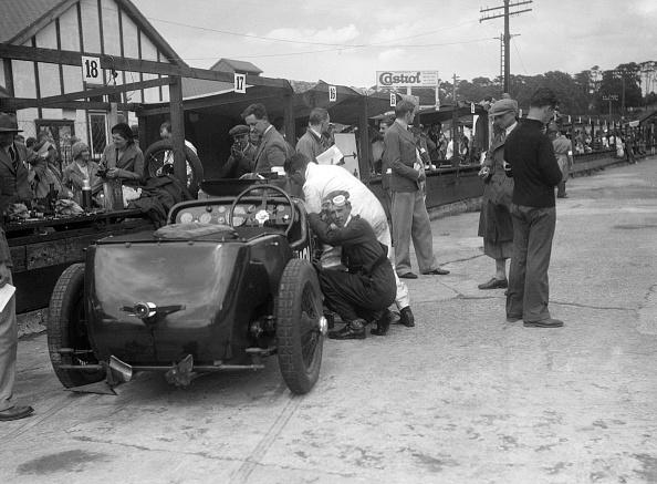 Relay「LCC Relay GP, Brooklands, 25 July 1931」:写真・画像(15)[壁紙.com]