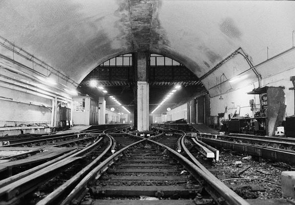 Finance and Economy「Waterloo & City line」:写真・画像(6)[壁紙.com]