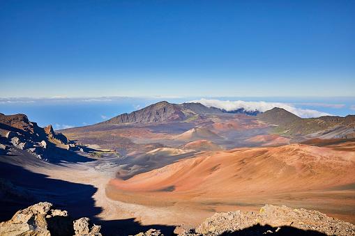 Haleakala Crater「Inside the Haleakala Peak Crater at Haleakala National Park」:スマホ壁紙(18)
