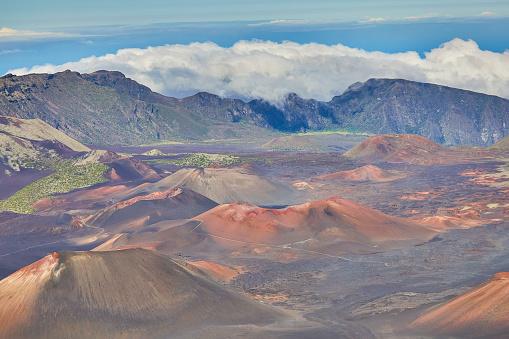 Haleakala National Park「Inside the Haleakala Peak Crater at Haleakala National Park」:スマホ壁紙(6)